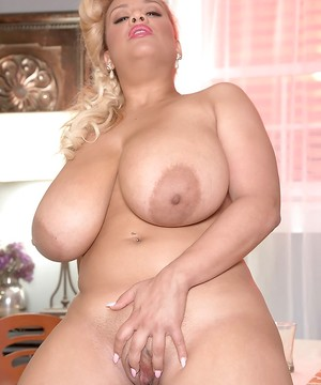 Big Naturals Tits Pictures