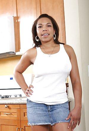 Ebony Wife Pictures