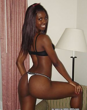 Hot Black girls in free Sexy Ebony Babe Pics